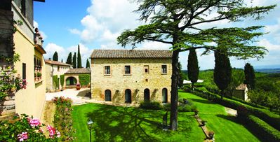 Photo for 18bd villa, 14th century estate surrounded by lush gardens & countryside views