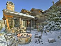 Great luxory house and location!