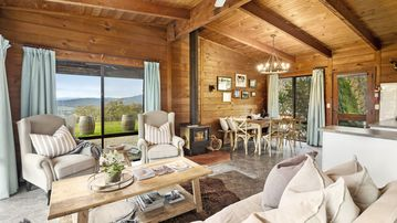 Mt Bellevue Lodge, Myrrhee King Valley