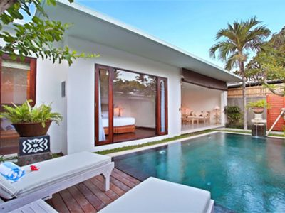 Photo for 2 Bedroom Private Pool in Double  Six