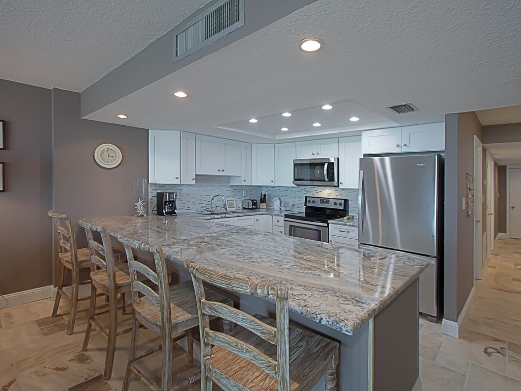 Water/ Beach Front!!!!!!! Amazing One of a ... - VRBO