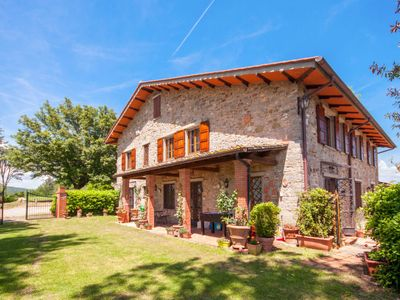 Photo for Vacation home Montelucci (GAI190) in Gaiole in Chianti - 8 persons, 4 bedrooms