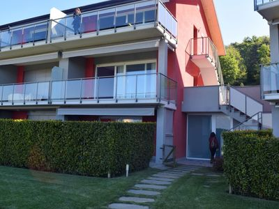Photo for Cosy apartment for 6 people with WIFI, pool, TV and parking