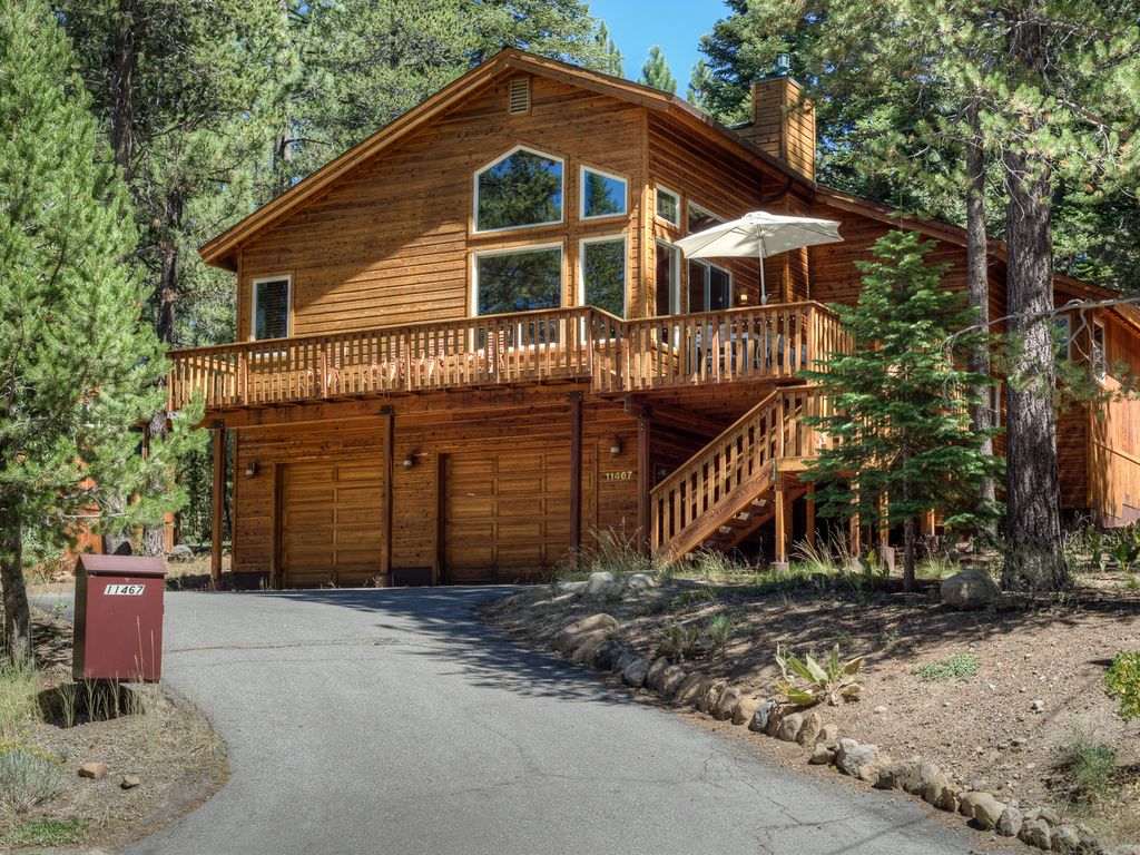 Chic 3BR Truckee Retreat with Tahoe Donner   VRBO