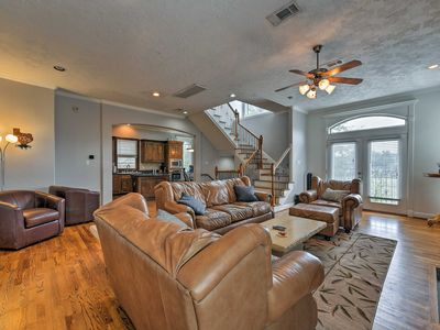 Photo for NEW! Houston Townhome Near Wash Ave & The Heights!