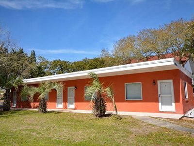Beach Sandals 3 Cute 1 Bedroom Pet Friendly Condo Located Across The Street From The Beach