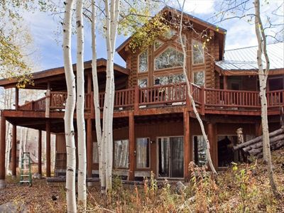 4000 Square Foot Lodge - Log Cabin