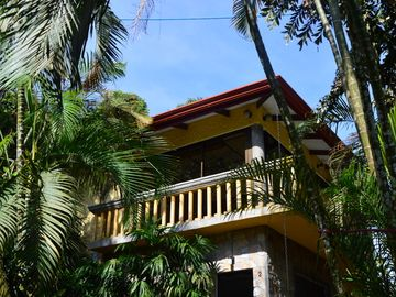 Search 181 holiday rentals