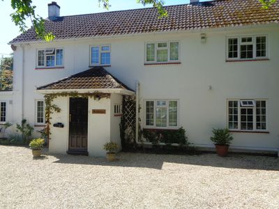 Photo for Secluded detached house in the New Forest