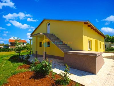 Photo for Apartment 978/2638 (Istria - Stinjan), Romantic accommodation, 500m from the beach