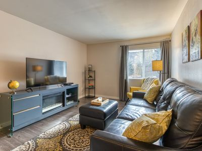 Photo for NEW LISTING! Contemporary, top-floor condo - close to town, hiking, & skiing