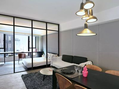 Photo for Stylish Studio Apartment Near Causeway Bay [1]