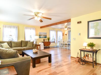 Photo for #435: Centrally located, newly furnished, large yard, 5 min to three beaches!