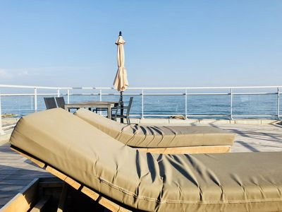 Photo for LUXURY APARTMENT VIEWS OF THE SEA. DIRECT BEACH .piscine