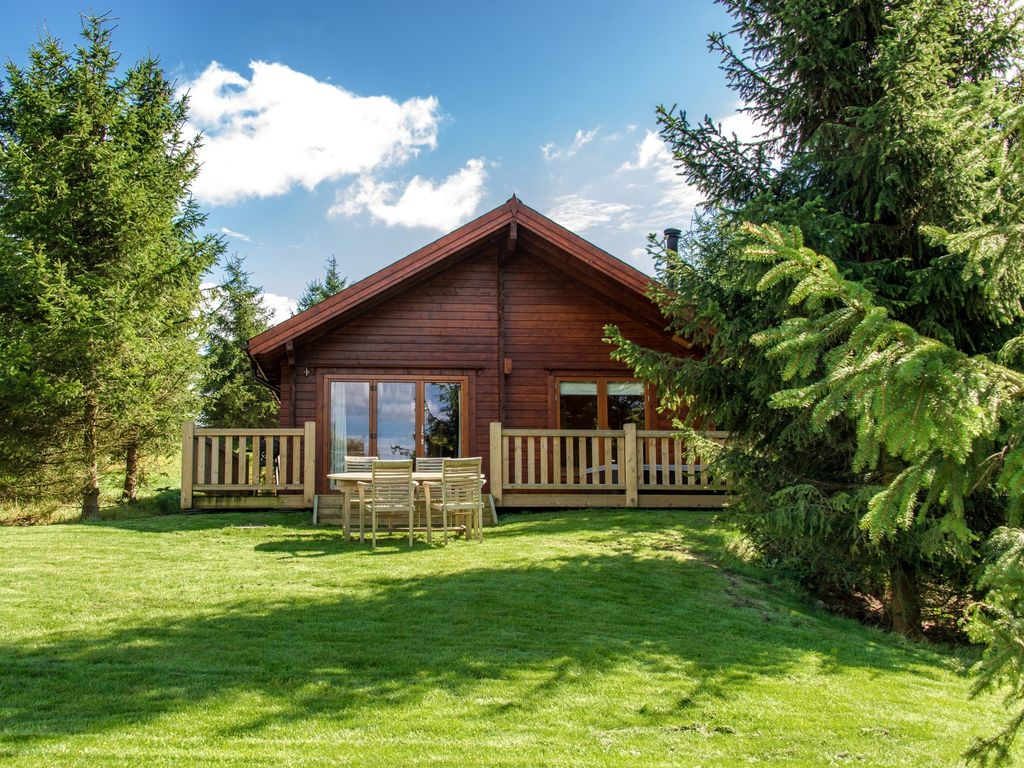 2 bedroom log cabin in dorchester 31880 dorchester dorset for Two bedroom cottages
