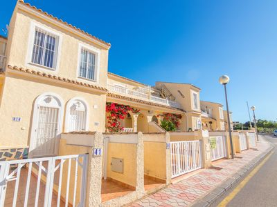 Photo for Apartment with balcony in Gran Alacant
