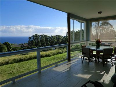 Lanai dining and view