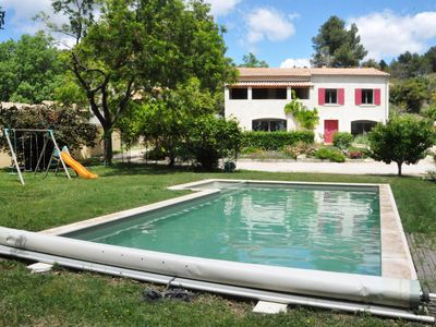 Photo for Alpilles: House 5 bedrooms with pool 10 * 4. 5