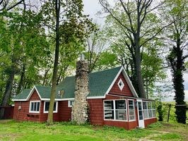 Photo for 2BR Cabin Vacation Rental in Berrien Springs, Michigan