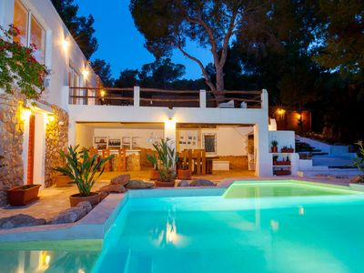 Photo for 6 bedroom Villa, sleeps 6 in Cala Vadella with Pool, Air Con and WiFi