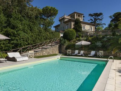 Photo for Villa Onirica - Wonderful villa with pool and panoramic view of Camaiore