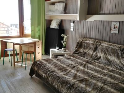 Photo for One bedroom Apartment, sleeps 3 with WiFi and Walk to Shops