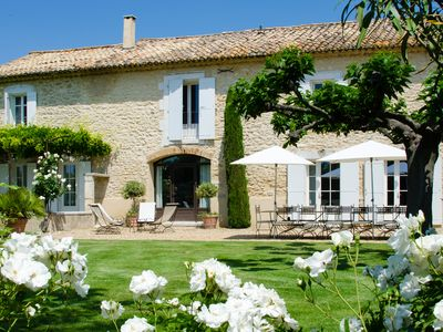 Photo for Mas des Oliviers - Luberon house with 7 bedrooms and pool on an olive oil estate