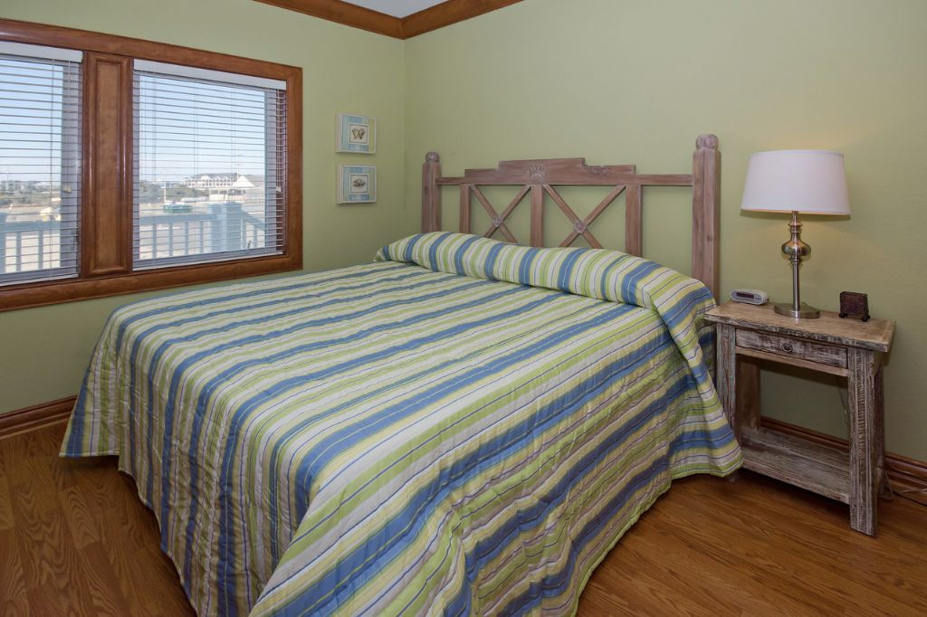 Waves Village Resort Hatteras  Sunsets galore! Onsite Resort Amenities hot tub & pool
