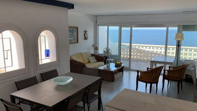 Photo for Apartment on the first line of the sea - Romantic