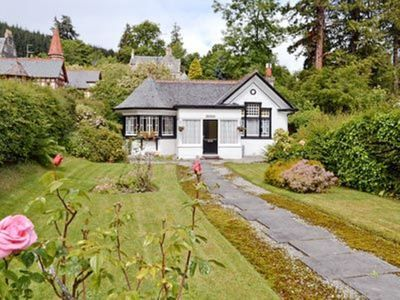 Photo for 2 bedroom property in Strathpeffer. Pet friendly.