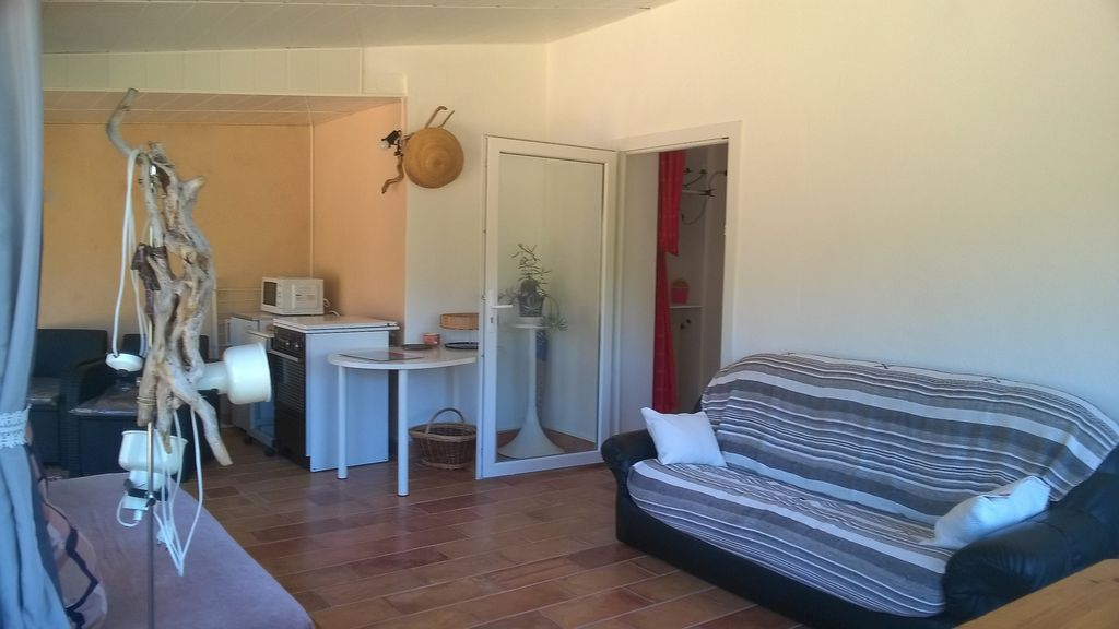 Property Image#6 Apartment 2 pieces 2 to 3 presonnes, the protes maquis