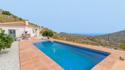 Photo for Holiday home in the hills of Arenas, with air-con and panoramic views
