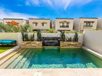 Photo for Casa with Private Pool  and amazing views.  Within 5 mins of downtown and marina