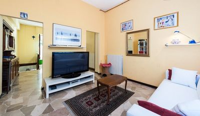 Photo for YOUR FLORENTINE APARTMENT VERY CLOSE TO THE CITY CENTER