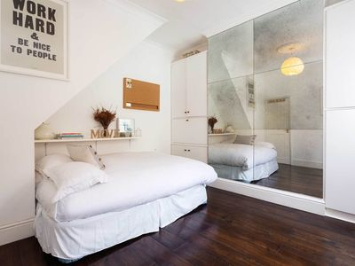 Photo for Wonderfully charming 2 bed in trendy Shoreditch (Veeve)