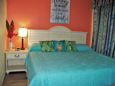 Photo for Baywatch Oceanfront Resort 1 Bedroom, sleeps 4