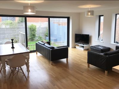 Photo for Entire Contemporary 4 Double Bed House Brighton