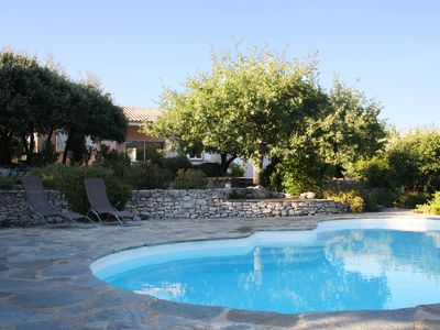 Photo for Villa with pool and views of Mont Ventoux
