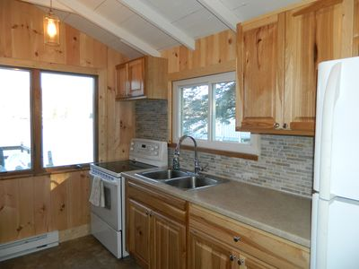 New pine kitchen with lakeviews
