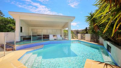 Photo for PET FRIENDLY, BEAUTIFUL RESORT POOL, SECS TO BEACH