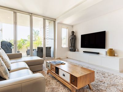 Photo for Bellevue Hill Designer, Beaches, City and Views