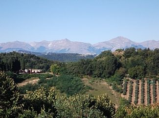 Photo for Pretty Townhouse In Typical Town, With Stunning Mountain Views.