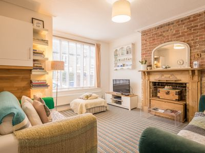 Photo for Comfortable, Charming & Cosy Cambridge House