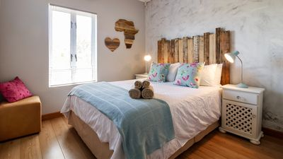 Photo for Modern Shabby Chic 2 bedroom apartment