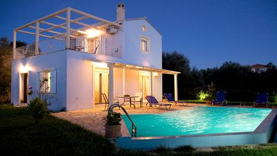 Photo for Villa Iolis, with private pool, in a quiet natural environment