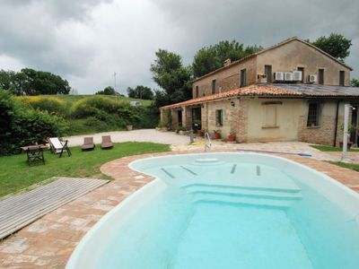 Photo for One bedroom Apartment, sleeps 2 in Misano Marina with Pool, Air Con and WiFi