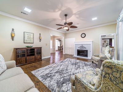 Photo for Fully Updated 4 bedroom house in West Plano in close proximity to Legacy West