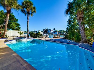 Beautiful Florida waterside setting for your Gulf Coast vacation