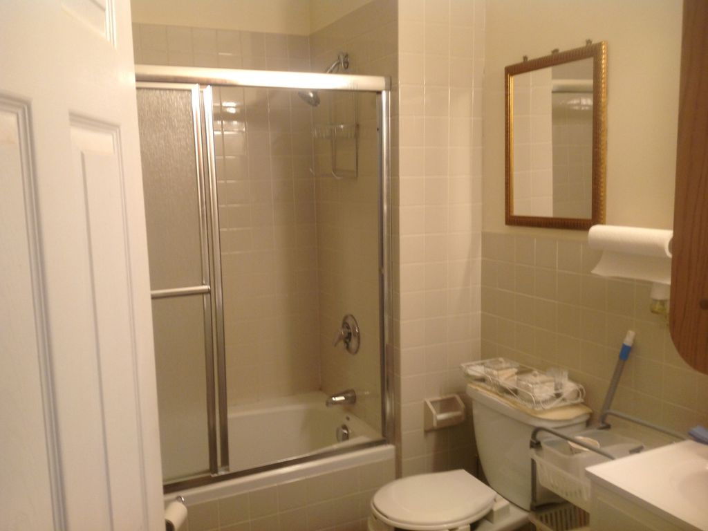 Beautiful and Cozy 3BD Apt in Boston - HomeAway Dorchester