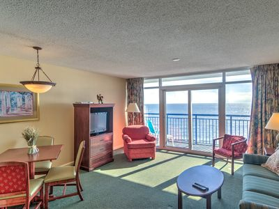 Photo for Oceanfront,full resort,full kitchen,w/d/grilling,minutes to downtown!